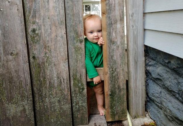 Andrew_peeking